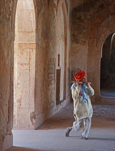 Le joueur de flûte de Mandu (Inde)