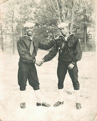Navy pals (sctatepdx) Tags: navy sailors sailor usnavy unitedstatesnavy navyuniform sailoruniform usnavyuniforms usnavysailor