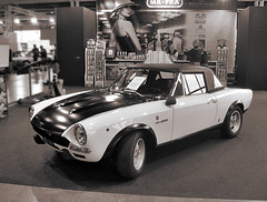 Fiat 124 spider abarth (Giuseppe_Cer) Tags: vintage spider fiat 124 abarth epoca seppia