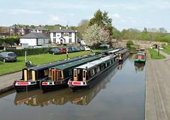 Trevor Basin, Llangollen Canal 9 May 2016 (Cold War Warrior Follow Me on Ipernity) Tags: canal pub llangollencanal canalboat telfordinn trevorbasin