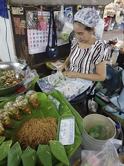 Warorot Market (3 of 71) (John Shedrick) Tags: food vegetables thailand asia chinatown farmers market unique traditional indoor meat smartphone chiangmai local nontourist samsunggalaxys7edge