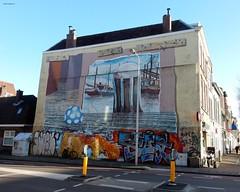 Graffiti Adelaarstraat. Utrecht (bcbvisser13) Tags: graffiti utrecht nederland eu stad weg muur adelaarstraat straat lantaarnpaal verkeerszuil
