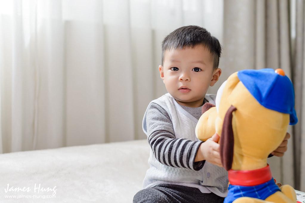 JH影像工作室,兒攝AHung,兒攝James Hung,兒童寫真,兒童幸福寫真,全家福合照,寶寶寫真攝影,寶寶居家寫真,寶寶攝影,寶寶生活照,就是紅兒攝,幸福的家,親子寫真