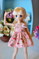 Strawberry dress (Milk and Bunny) Tags: dress xs pure neemo azone pureneemo milkbunnyboutique