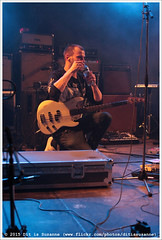 Menhir @ Vera Mainstage (Dit is Suzanne) Tags: water netherlands concert gig drinking nederland groningen drinken vera menhir  sigma30mmf14exdchsm   views100 img2573 veraclub  canoneos40d johncoffey raketkanon  veramainstage ditissuzanne 19032015 lastfm:event=4004695