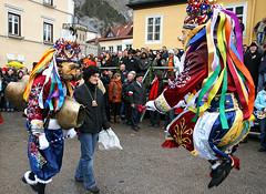 nassereith726 (siegele) Tags: roller carnaval carnevale fasching karneval bren maje fastnacht fasnacht snger karner spritzer hexen scheller nassereith kehrer labera sackner brenkampf schellerlaufen ruasler schnller