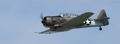 NORTH AMERICAN T-6G TEXAN  F-AZAU (philippematon) Tags: warbirds avion t6 hlice fazau