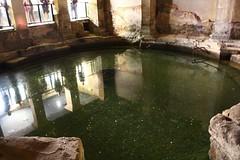 The cold plunge pool in the Roman Baths, Bath. (Eddie Crutchley) Tags: england bath europe roman hotspring spa romanbaths historicbuilding