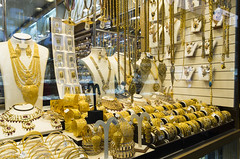 Gold Souk (foto.jam) Tags: gold dubai market uae souk arabian bling worldsbiggest notforsale