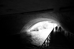 Schanzengraben (maekke) Tags: bridge family bw woman man water silhouette river underground switzerland kid couple noiretblanc availablelight streetphotography highcontrast tunnel fujifilm zürich ch 2016 schanzengraben x100t