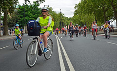 Ride London 3 (Travis Pictures) Tags: london westminster bicycles bike bikes cycling cycle cycleevent prudentialridelondon 2016 summer july city capitalsoftheworld capitalcity road bicycle recreation transport transportforlondon outdoors outside centrallondon nikon d5200 photoshop