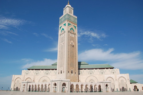 "Casablanca - meczet Hassana II <a style=""margin-left:10px; font-size:0.8em;"" href=""http://www.flickr.com/photos/125852101@N02/16589811037/"" target=""_blank"">@flickr</a>"