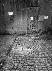 Abandoned 75/365 (denny57uk) Tags: street city bw doorway norwich cobbles 75365