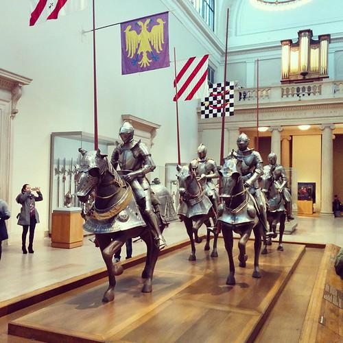 #museumsunday #metropolitanmuseum #met #knightsandhorses