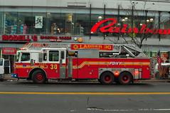 FDNY Ladder 30 (Triborough) Tags: nyc newyorkcity ny newyork harlem manhattan firetruck fireengine ferrara ladder fdny ffa newyorkcounty newyorkcityfiredepartment ladder30
