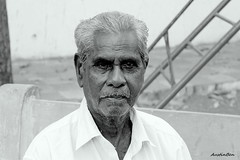 Graceful Lines (AusBenClicks) Tags: street old man canon austin photography benjamin chennai thatha austinben