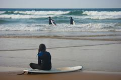Tiempo muerto (javipaper) Tags: mar surf time playa surfistas