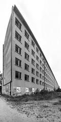 Seebad Prora, Rgen (Knipsbildchenknipser) Tags: blackandwhite bw germany deutschland balticsea ruine sw schwarzweiss rgen ostsee prora kdf seebad