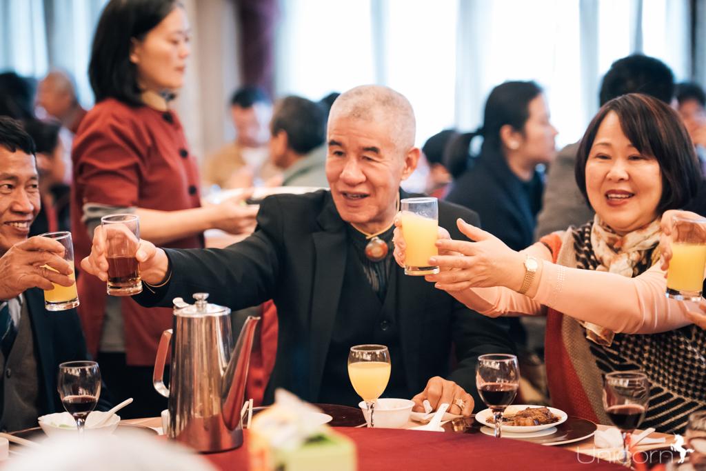 《台北婚攝》家賢 & 怡妏 婚禮攝影 / 溢香園