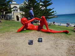 harbour - Chen Wenling (Figgles1) Tags: red sea sculpture man art harbour cottesloe sculpturebythesea sculptures 2015 chenwenling p1130731
