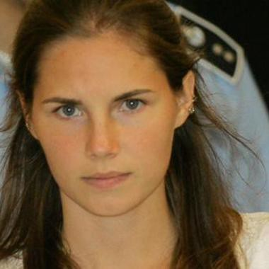 "From the Archives: ""The Neverending Nightmare of AMANDA KNOX"": longread: From the Archives: ""The Neverending Nightmare of AMANDA KNOX"" lgrd.co/1Mdscdm (@rollingstone, '11) #longreads http://dlvr.it/98KgS3"
