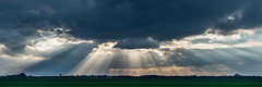 Wolkendurchbrüche Pano Color (G_Albrecht) Tags: season jahreszeit himmel wolken landschaft sonne sonnenstrahlen wetter frühling umwelt wolkenhimmel panoramafotografie