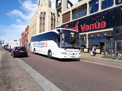 NH16EEH National Holidays on the move along Blackpool Promenade (j.a.sanderson) Tags: mercedes benz coach holidays move national promenade ta blackpool along coaches tourismo shearings nh16eeh