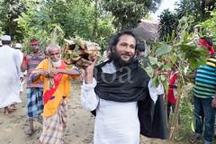 H504_3327 (bandashing) Tags: trees england people music festival beard manchester dance shrine hill pray crowd sing sylhet bangladesh socialdocumentary mazar aoa shahjalal bandashing akhtarowaisahmed treecuttingfestival