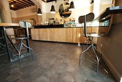 _DSC1258 (fdpdesign) Tags: arredamenti shop design shopdesign nikon d800 milano italy arrdo italia 2016 legno wood ferro sedie tavoli locali cocktails bar interni architettura