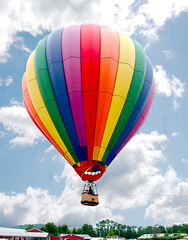 Balloon (440 volts) Tags: balloon floating flying