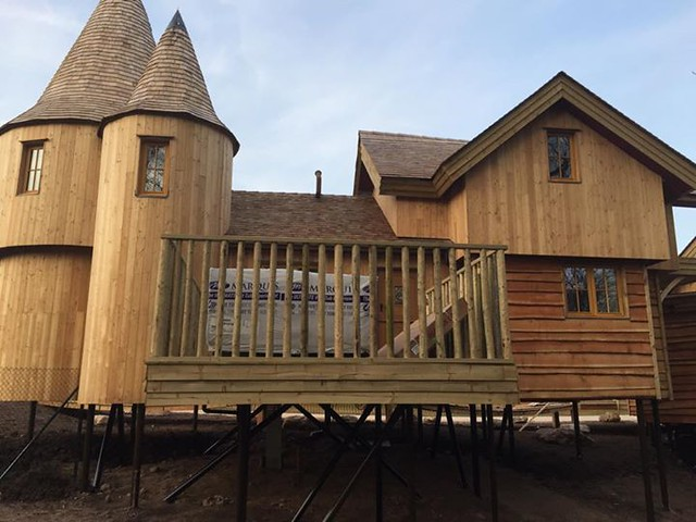 22/03/2015 - The back of the first treehouse