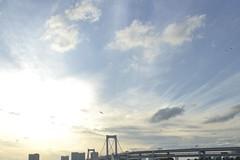 (Nalichia) Tags: bridge sky urban cloud beach architecture tokyo rainbow windy ciel pont odaiba nuage plage urbain venteux