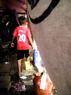 """Golden shoes"", Mangga Dua, Jakarta"