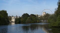 Panoramic view from St. James park (magicpicture.co.uk) Tags: eye james 70300 parklondon nikond40 panoramast nikond5200 dilpreetsohanpal wwwmagicpicturecouk