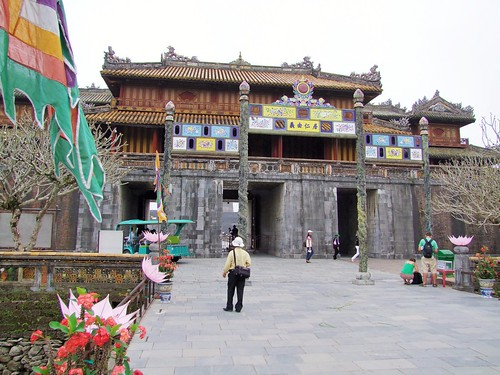 hue - vietnam 7