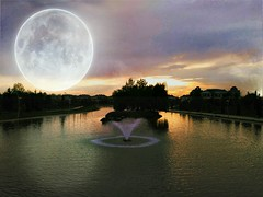 #fantastic #phone #digitalwork #moon #Turkey #amateur #photo #lake #view #gl #manzara (yasargny) Tags: moon lake turkey photo fantastic phone view amateur digitalwork manzara gl