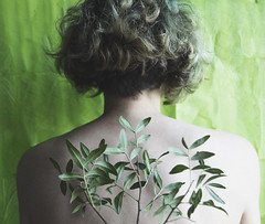 Breathe (disegnodiluci) Tags: plants green love nature hair photographie photoshoot skin body pale bones breathe greenhair photoshooting giuls