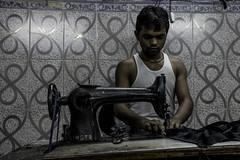 _DSC0221 (bhanu prksh) Tags: photojournalism bagmakers surviving