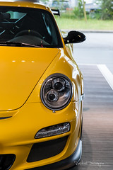 With added Vitamins / 4 (Raph/D) Tags: rouge porsche 911 997 gt3 rs gt3rs renn sport rennsport 911gt3 911gt3rs 38 flat 6 neunelfer german sportscar stuttgart zuffenhausen yellow jaune catchy colors rare paint sample special order phase 2 used car centre velizy retailer auto canon eos 7d mark ii canoneos7dmarkii l series lseries gelb speed vitesse added vitamins 2470mm ef2470mmf28liiusm garage showroom perfect track toy sporty