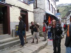 Khumbu (wronskydk) Tags: maleneschutt thorjahnsen perhenrikfredriksen lhakpasherpa namchebazar khumbu nepal