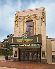 Watch Like an E-Gyp-Shun (Pete Zarria) Tags: illinois movie palace cinema theater historic egyptianrevival sign marquee kingtut