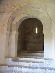 Moorish arch and view into apse, Ermita de San Baudelio de Berlanga, Spain (Paul McClure DC) Tags: españa church architecture spain historic castile castillayleón caltojar mozarabic sanbaudeliodeberlanga june2014