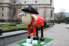 'Chelsea Pen-Shaun-er' Shaun the Sheep (ec1jack) Tags: uk england london march spring europe britain stpauls trail cityoflondon nickpark 2015 shaunthesheep kierankelly ec1jack canoneos600d chelseapenshauner shaunthesheeptrail