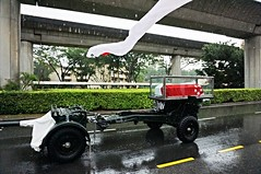 Casket Of Mr. Lee Kuan Yew, SIngapore (singaporebugtracker) Tags: singapore casket funeral government queenstown lky primeminister eulogy istana commonwealthavenue condolence leekuanyew tanglinroad guncarriage flagofsingapore parliamenthouseofsingapore singaporebugtracker