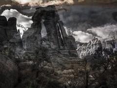 Druid Arch (Arniesra) Tags: utah canyonlands hdr on1