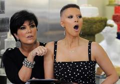 Kim-Kardashian-et-Kris-Jenner (marisabuffagni) Tags: cute look hair kim bare smooth shaved bald style taglio pomo zero clipper capelli scalp macchinetta rasata scalpo tosata pelata rapata khardashian tonsurata