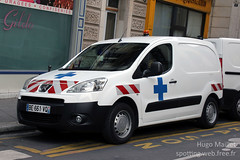 Transport de sang | Peugeot Partner (spottingweb) Tags: france car truck transport voiture lorry camion vehicle spotted van medic paramedic chu secours sang hopital partner peugeot spotting ch urgence intervention bless victime fourgon vhicule camionnette organes fourgonnette transplantation gyrophare dondorgane greffes centrehospitalier spottingweb