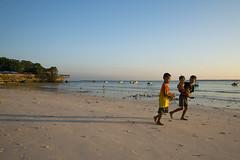 bara bira 3 (Fakhri Anindita) Tags: morning sea seascape nature sunrise indonesia landscape nikon laut humaninterest sulawesiselatan tanjungbira bukukumba