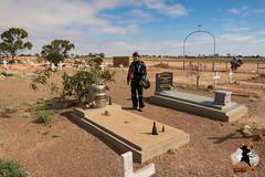 20160406-2ADU-097 Friedhof am Stadtrand von Coober Peddy