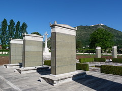 Monte Cassino - the Commonwealth War Cemetery, memorial stele